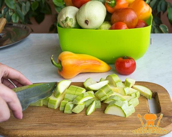 кабачки для салата анкл бенс порезать соломкой