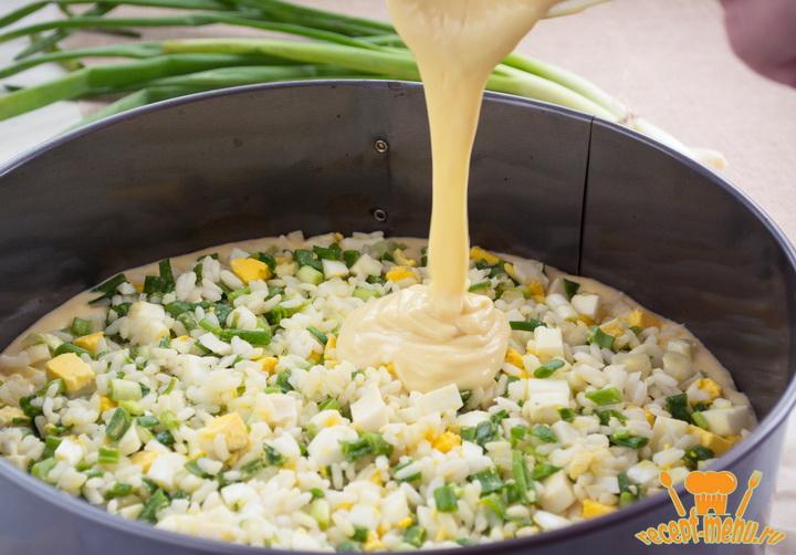 рецепт быстрый заливной пирог с зеленым луком и яйцом