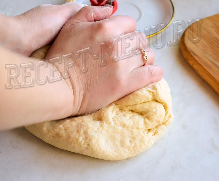 Замесить тесто руками