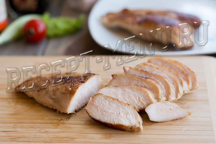 Как порезать курицу для Цезаря