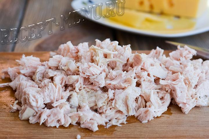 Куриное мясо кубиками для салата